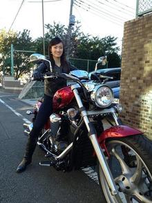 網のブログ-荒川静香さんのバイク